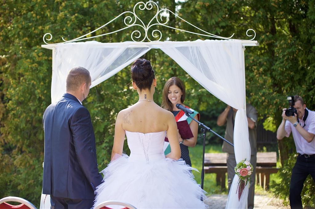 6dea8b01a3 Esküvői szertartás Niki&Norbi. kratancsiktundeeskuvoiszertartasvezeto